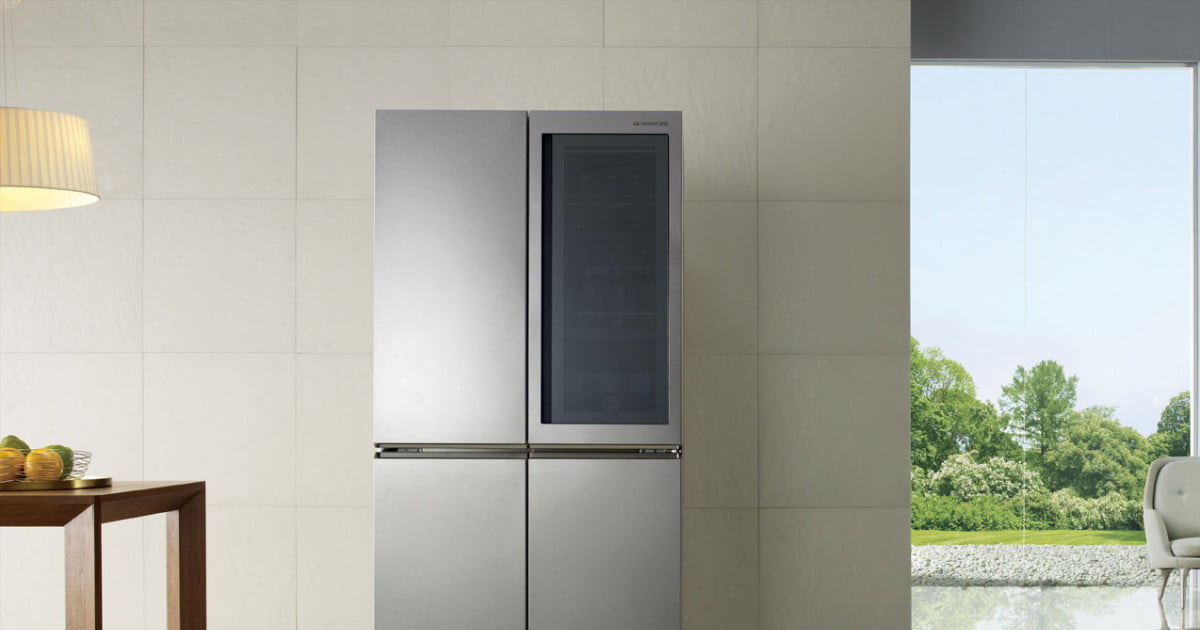Lg S Signature Fridge Has A Door You Can Automatically
