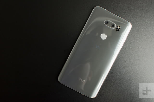 LG V30 back on table