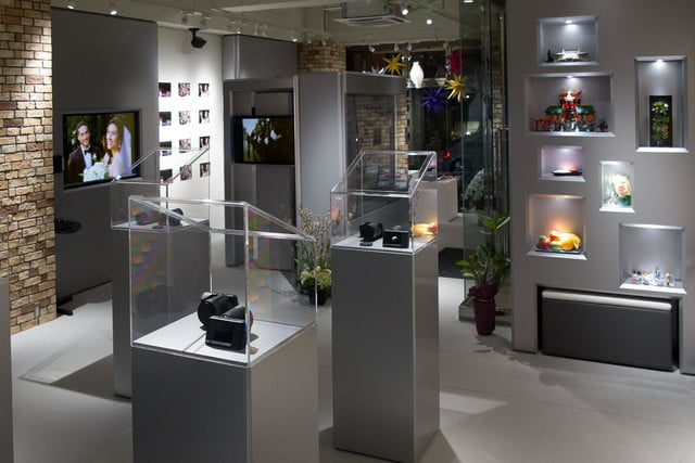lytro opens tokyo storefront as light field experience center store 3