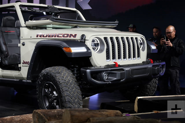 2020 Jeep Gladiator Is the Wrangler-Based Pickup of Your ...