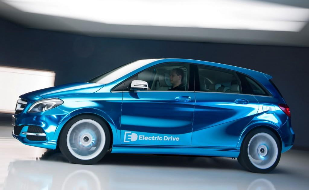 Mercedes benz b class electric drive to debut at paris for Mercedes benz b class electric car