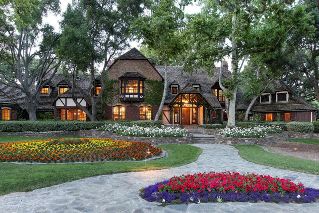 michael jacksons neverland ranch for sale 100 million jackson front