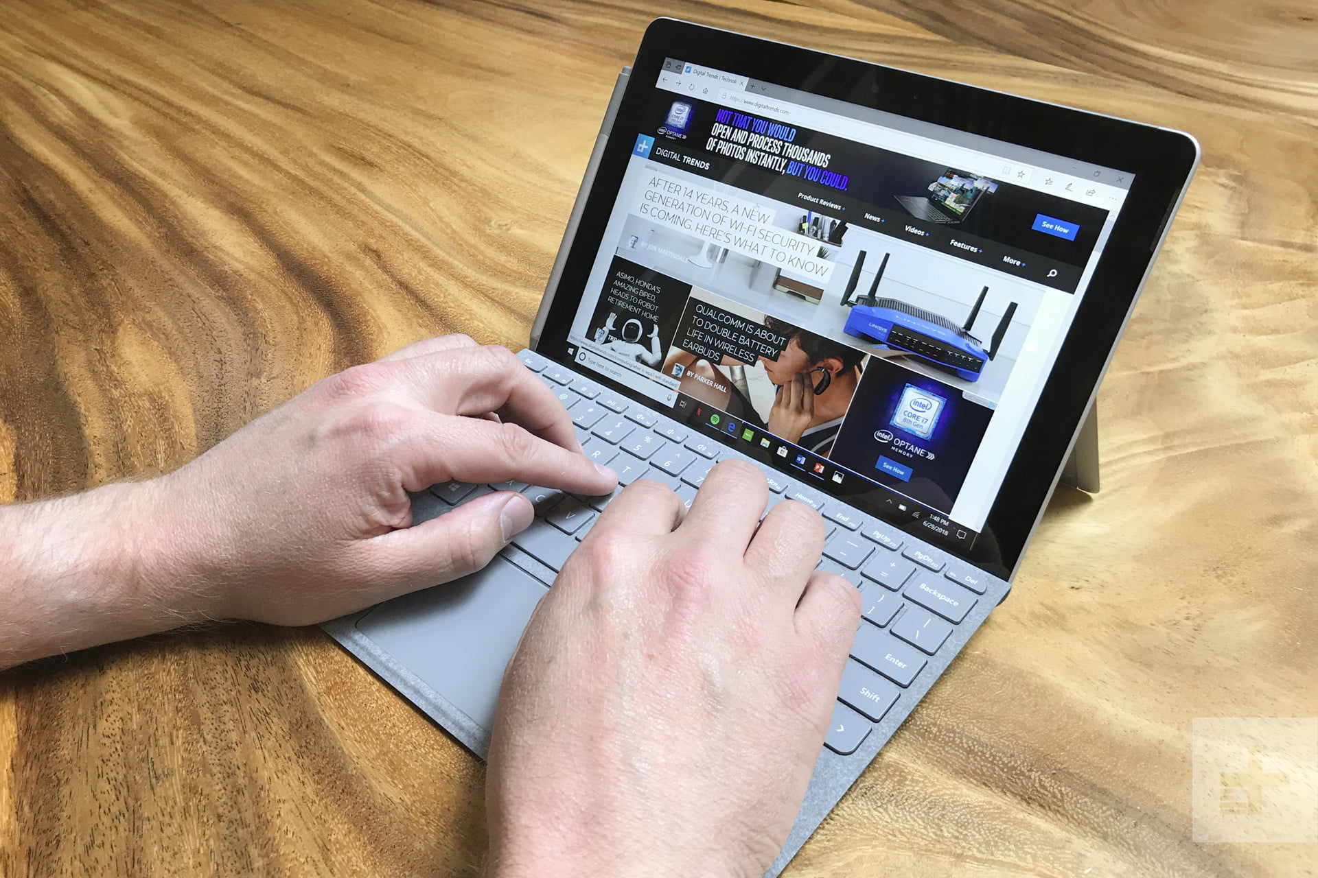 Microsoft Surface Go Hands-on Review: A $400 Surface? Yep ...