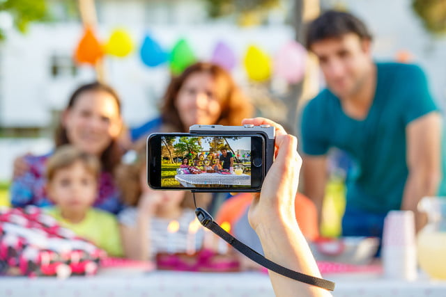 pictar iphone case provides dslr like shooting experience miggo 12