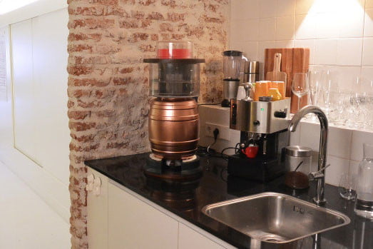 the minibrew is a little machine for homebrewing beer 005
