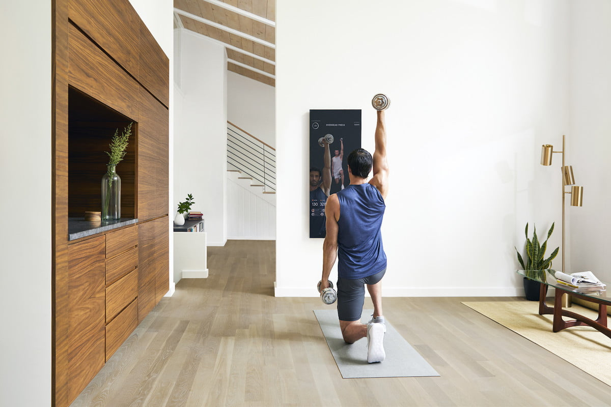 mirror at home gym experience with weight training