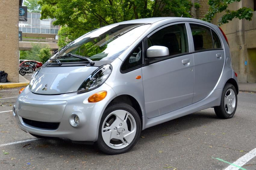 https://icdn4.digitaltrends.com/image/mitsubishi-i-miev-review-exterior-left-side-front-2-1200x630-c-ar1.91.jpg?ver=1