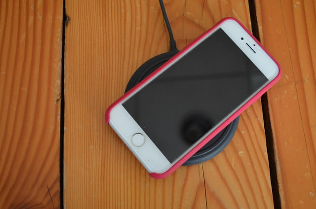 iphone 8 wireless charging pads review mophie 4