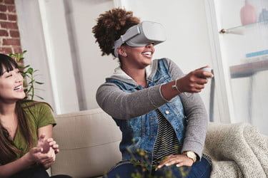Oculus Rift vs  Oculus Go -- Which Is The Best VR Headset For You