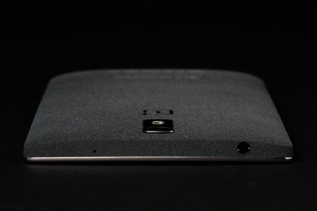 ONE Plus 1 top