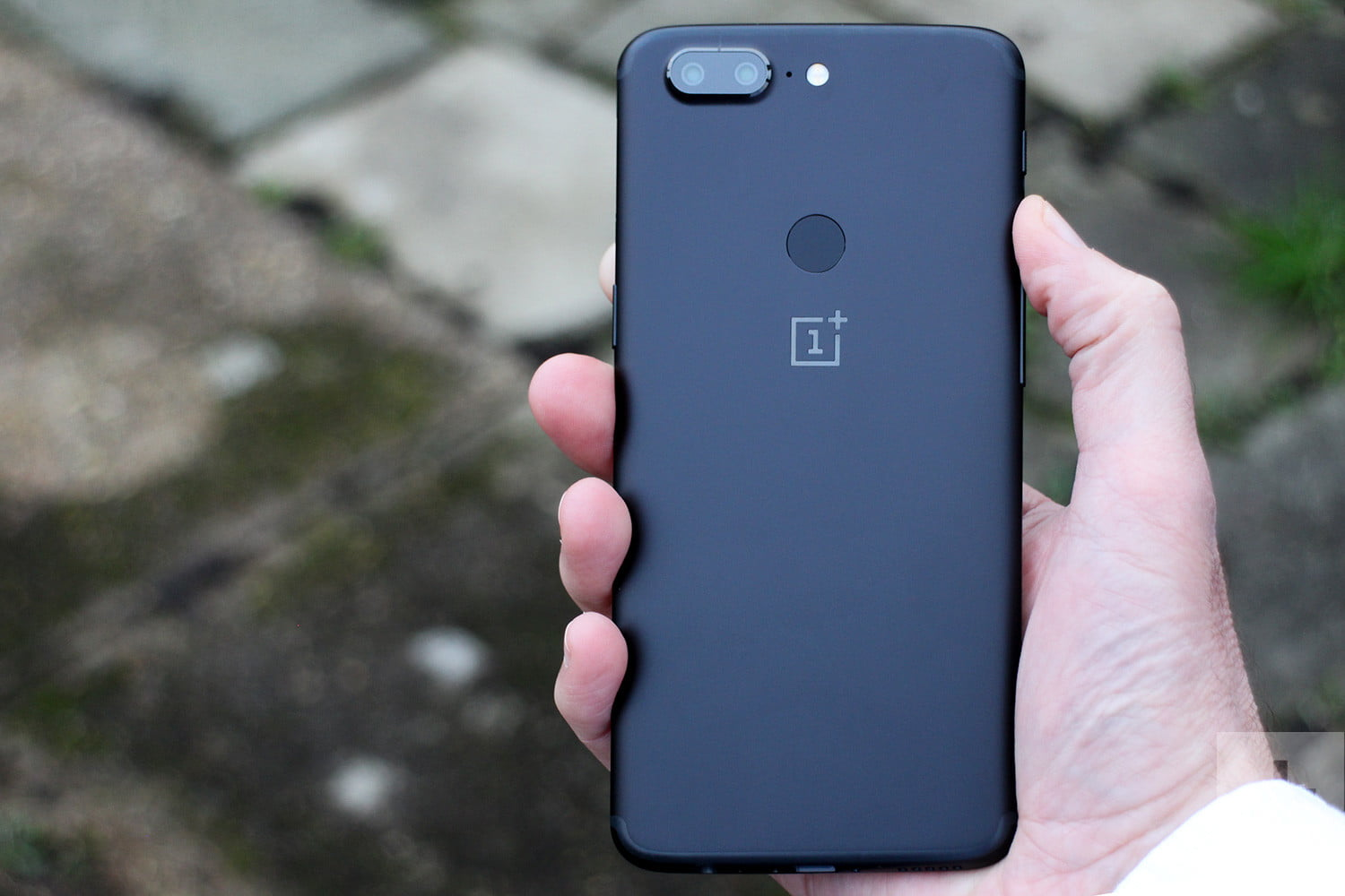 63a748867ba These OnePlus 5T Tips and Tricks will Help you Master your New Phone ...