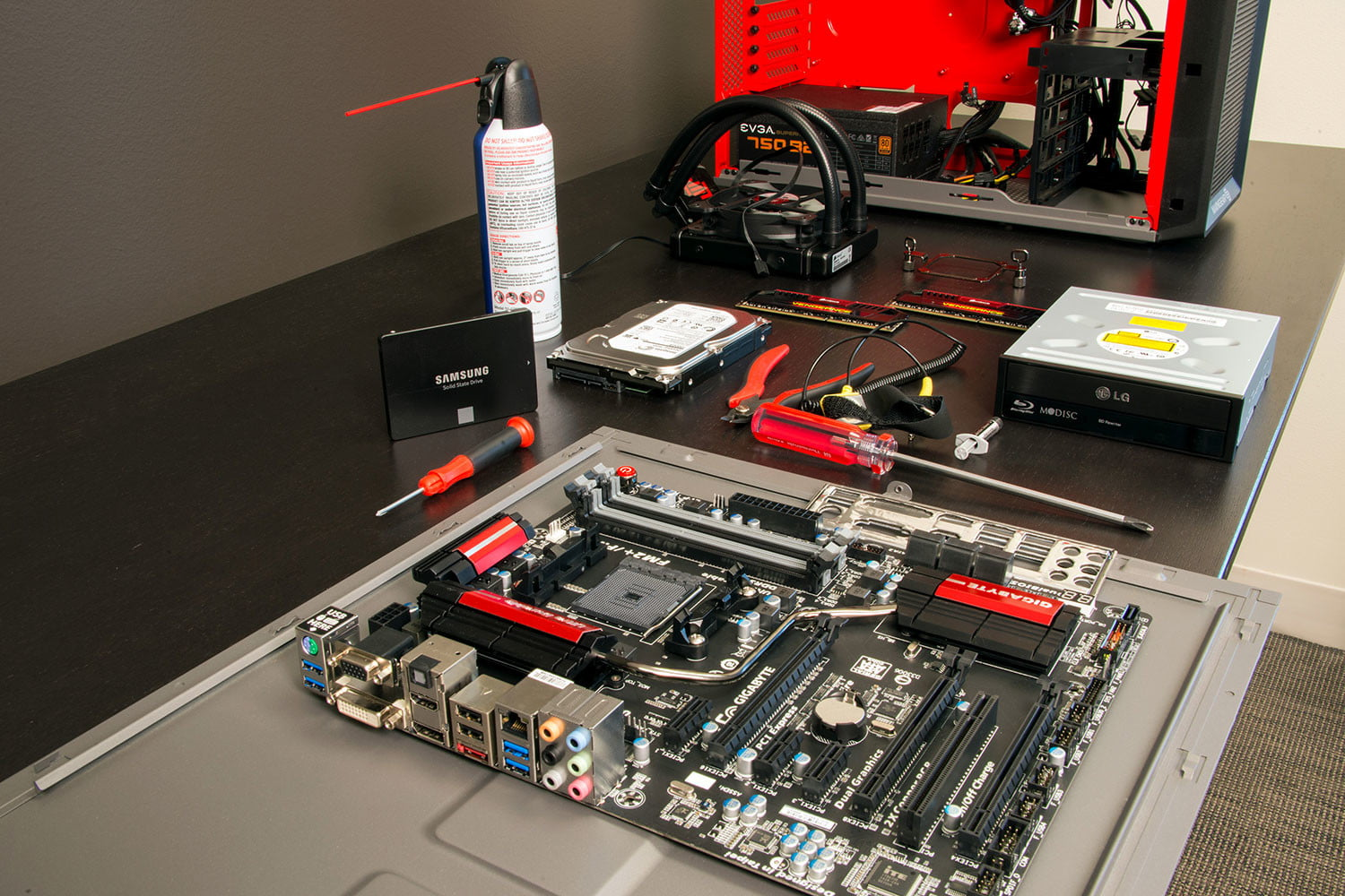The Best Cheap Gaming Pc Build For Under 500 Digital Trends Ultimate Basic Electronics Guide Electronic Circuits
