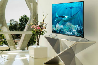 Starting Now, Philips is Manufacturing TVs with Built-in Roku OS