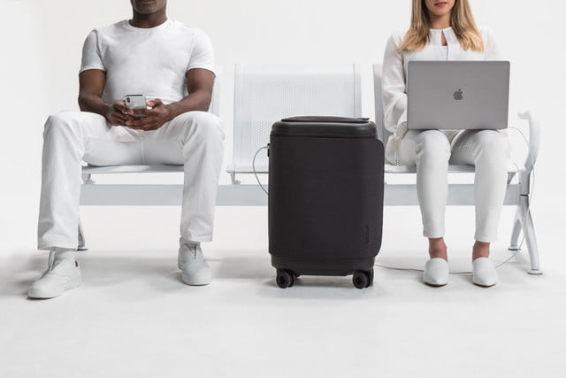 incase proconnected 4 wheel hubless roller smart luggage blends high design with large capacity battery lifestyle 0170