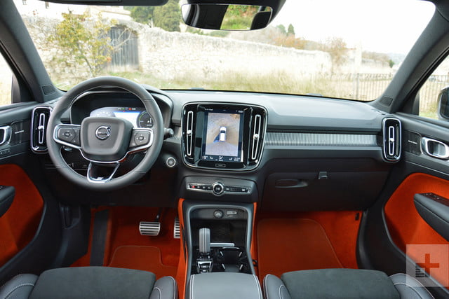 2019 Volvo XC40 first drive review front seat full