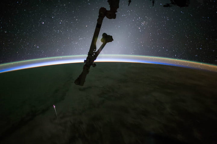 best space photos SpaceX Dragon