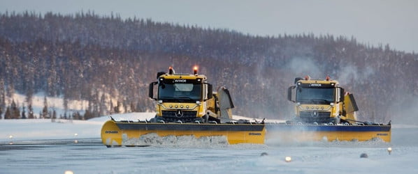 Self-driving snowplows are clearing runways at airport