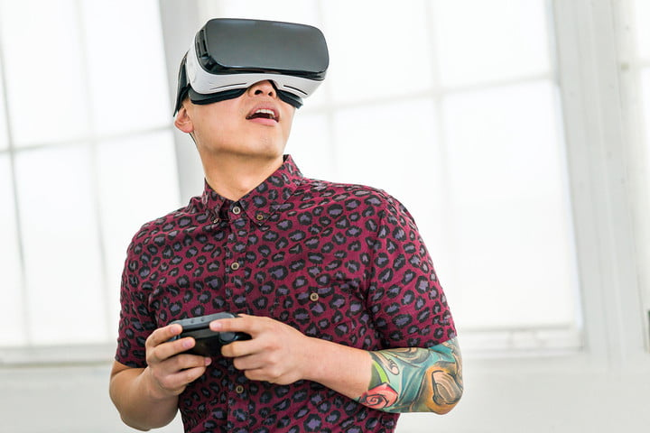 Man with tattoos using Samsung Gear VR