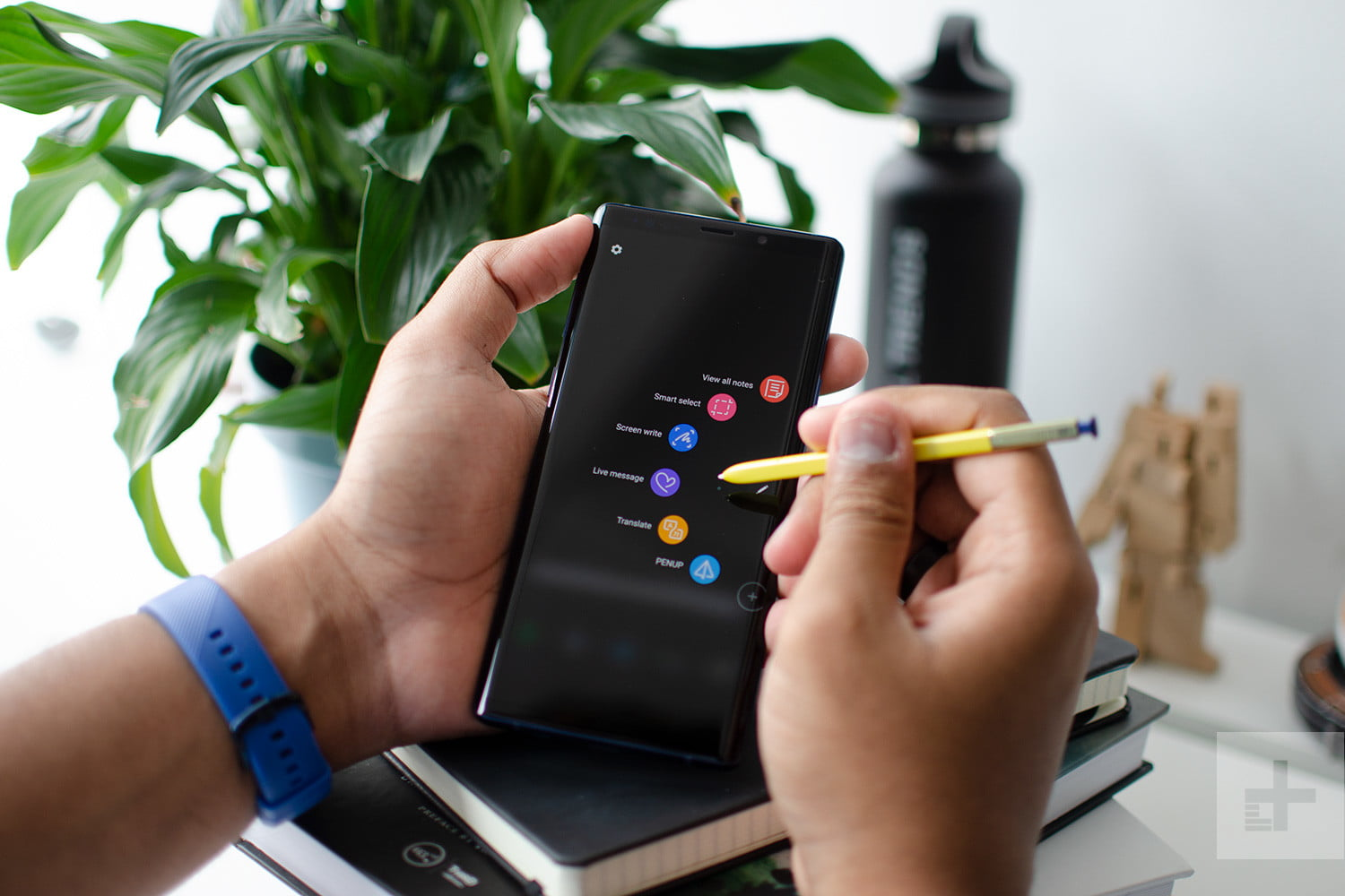new styles ab5ec 27810 Everything You Can Do With The Galaxy Note 9's S Pen   Digital Trends