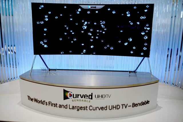 samsungs massive bending 4k tv flexes flat curved right front face samsung tv20