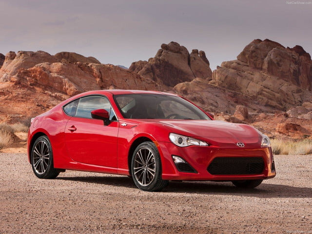 Scion-FR-S_front angle