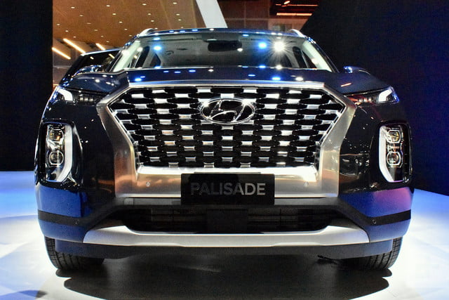 2020 hyundai palisade seats eight comes with useful tech se live 3