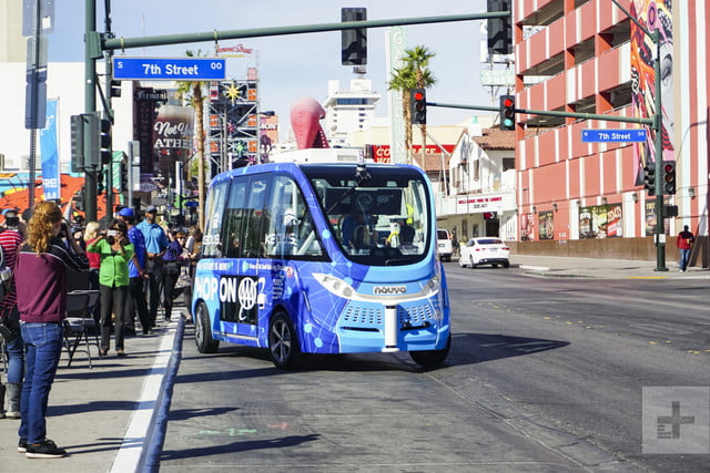 self driving bus crash vegas account 14978
