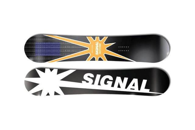 Signal's solar snowboard charges your gadgets while you shred