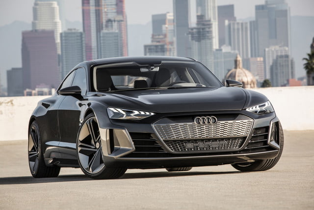Audi E Tron Gt Concept Headed To Production In 2020 Digital Trends