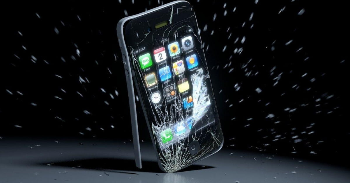 Bitcoin Users Smash Iphones After Apple Bans Blockchain
