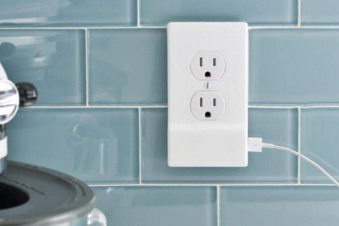 Snappower Outlet Cover Has Usb Charger Digital Trends