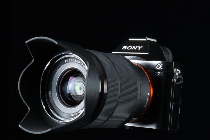 Sony-Alpha-7-right-offset
