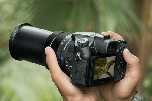 Sony RX10 IV Boasts 24fps Burst Shooting and World's Fastest