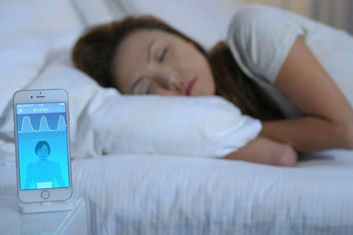 The 2Breathe wearable sleep inducer wants to cure your insomnia