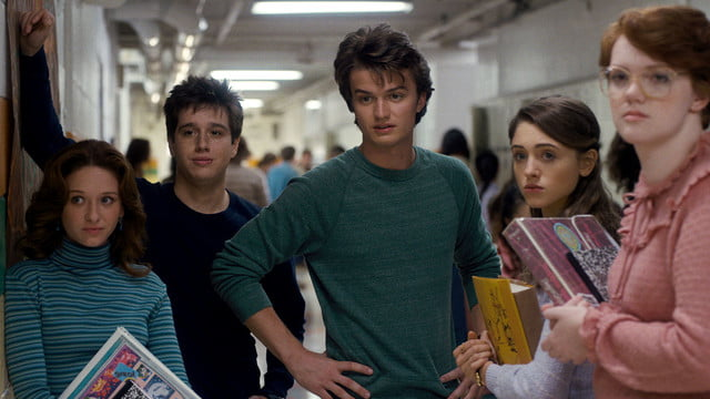 netflix stranger things first look 102 006r