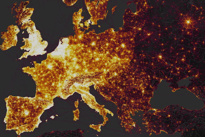 Strava Global Heat Map Strava's Global Heatmap Shows a Billion Workouts From Across the