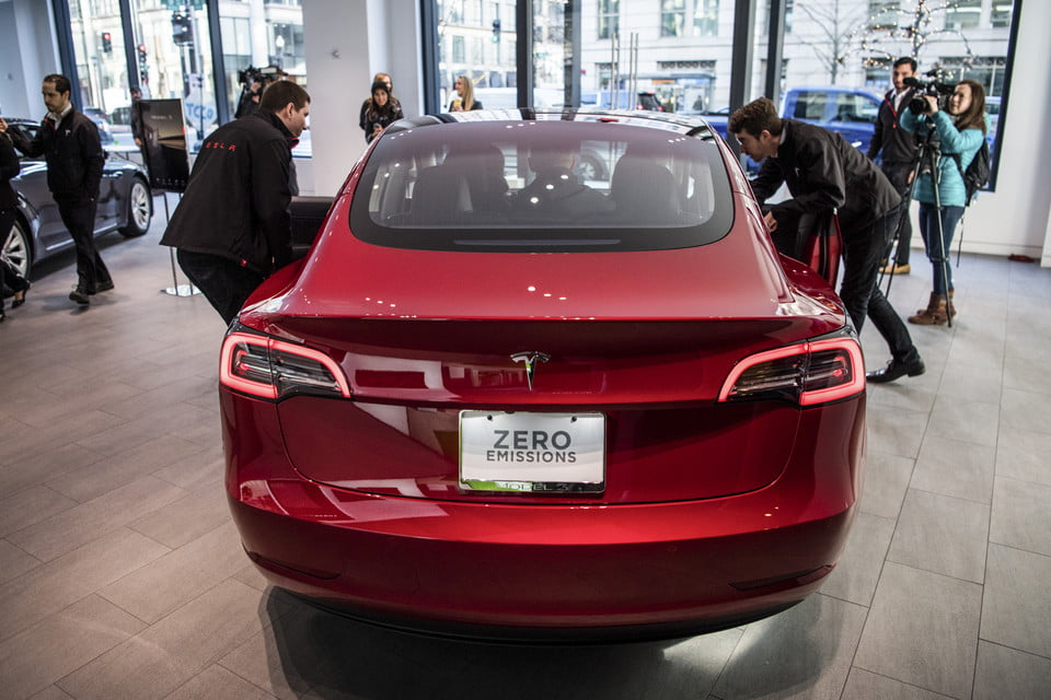 road rave subscription direct sales threaten traditional car dealers tesla