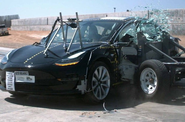tesla model 3 achieves five star crash test rating digital trends. Black Bedroom Furniture Sets. Home Design Ideas