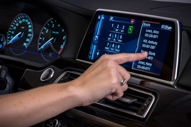 new bmw idrive features touchscreen and gesture recognition the next generation of 12
