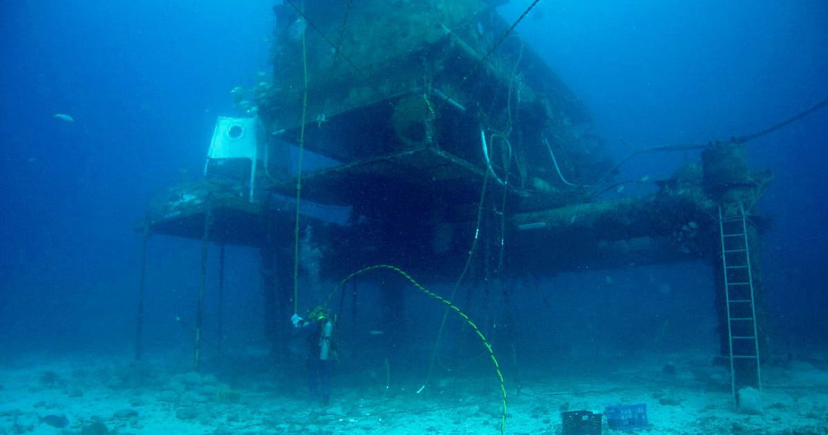 China S Lab 10 000 Feet Under The Sea Digital Trends