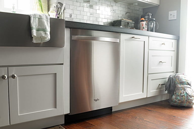 whirlpools smart appliances work with nest and amazon dash whirlpool dishwasher p140165 24z