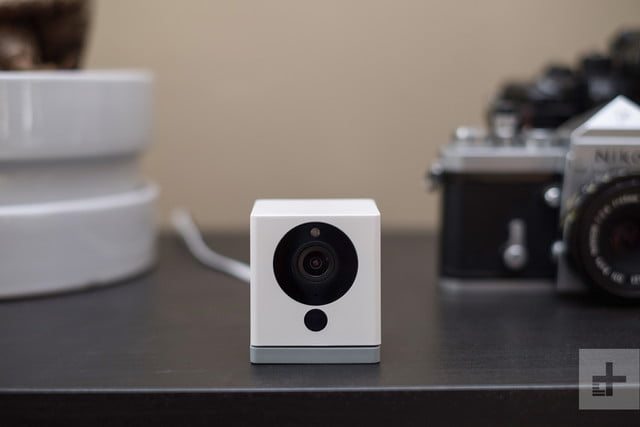 WyzeCam hands-on review flat