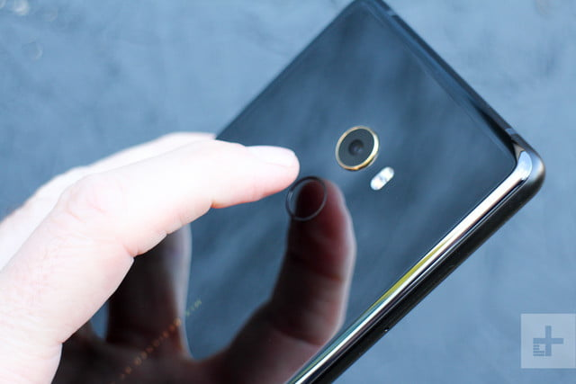 Xiaomi Mi Mix 2 Review fingerprint