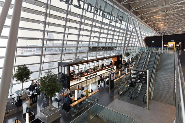 best airports for layovers z  rich airport airside center 011